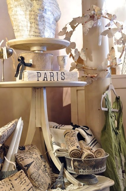 Cute table and display idea