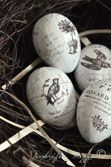 Pretty hand satamped eggs