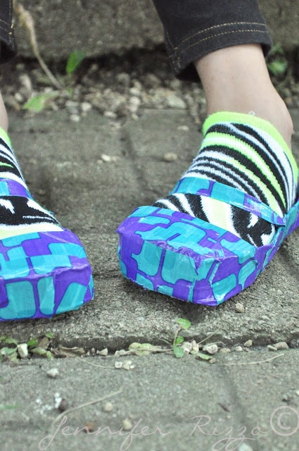 Make shoes from duct tape