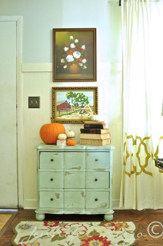 Front entry with pumpkins as decor