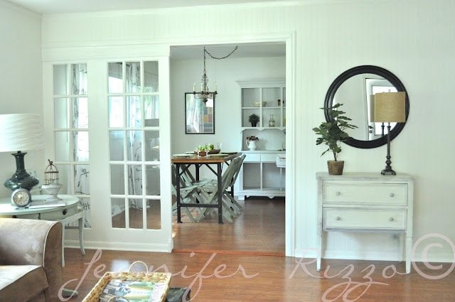 I love teh frrench doors used as a room divider!