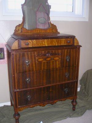 Painted dresser make over!…