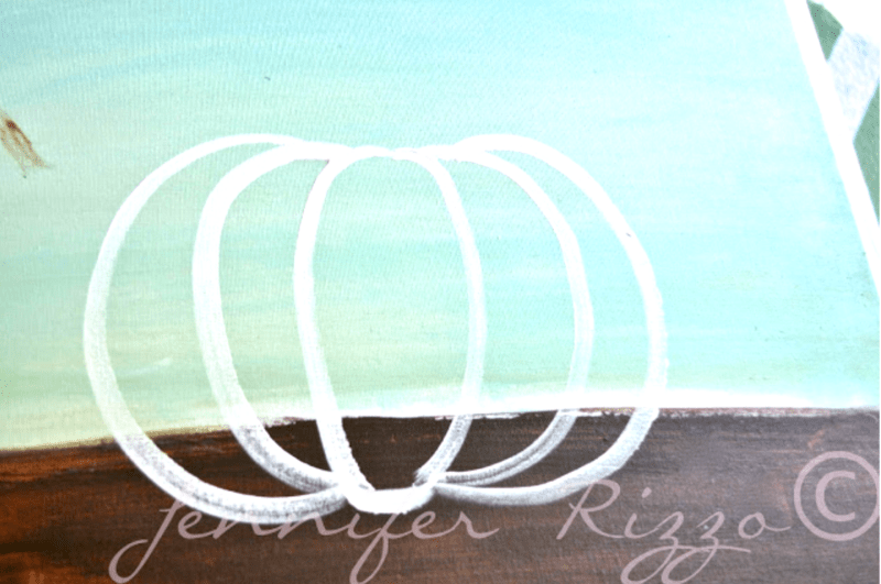 USe the letter C to paint s pumpkin shape