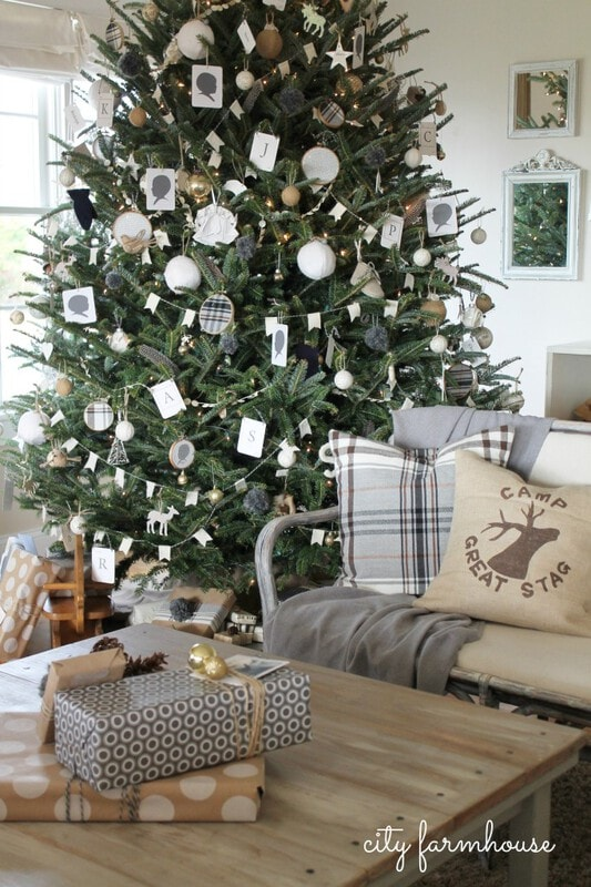 10 ways to creatively decorate your Christmas tree-City Farmhouse silhouettes