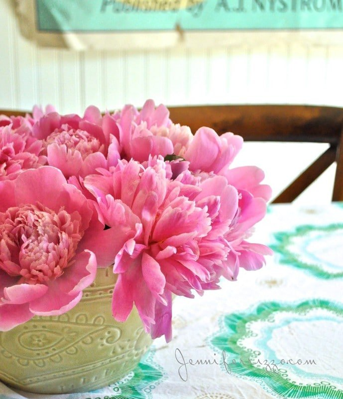 Use a thrift store bowl to hold peonies