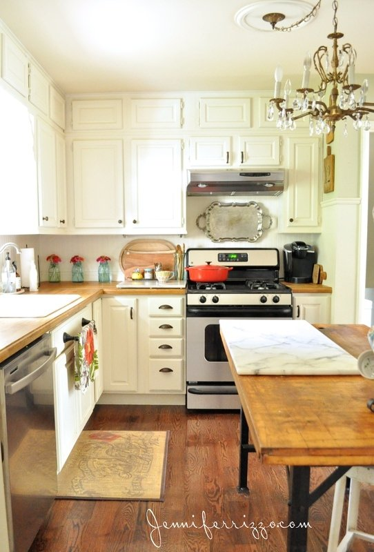 My favorite room… the kitchen