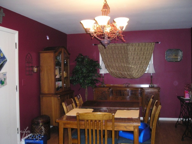 Dining room painted red