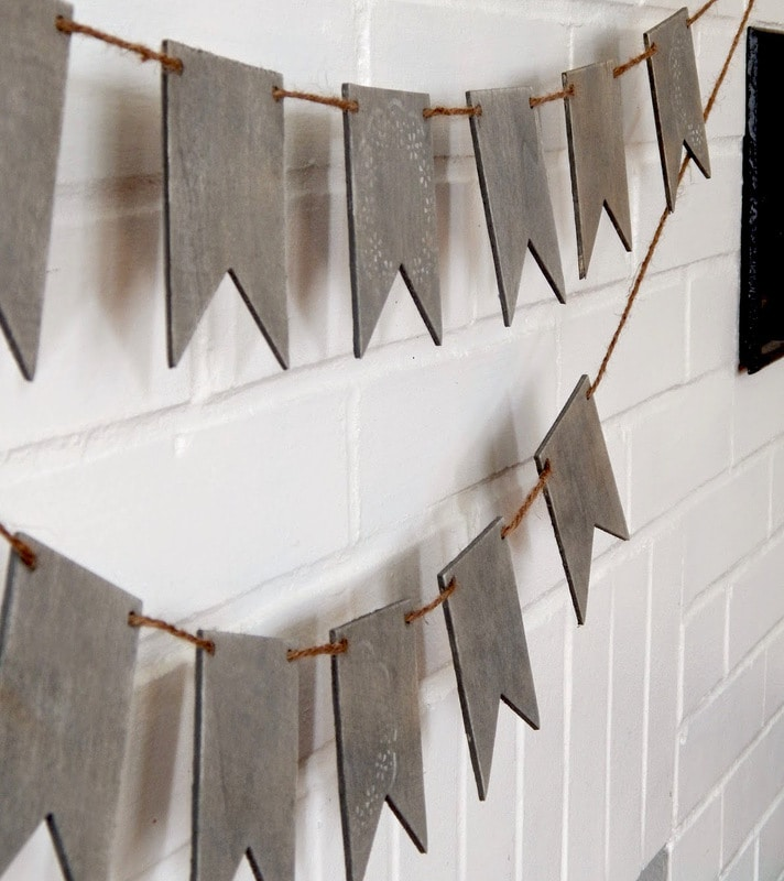 DIY weathered wood craft  garland