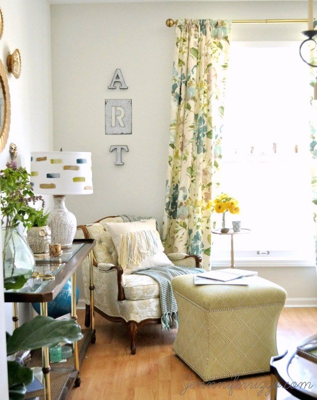 Bohemian art studio decorating with lots of color!!!