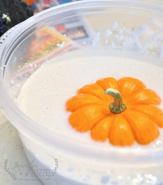 casting mini-pumpkins in gel mold to make concrete crafts