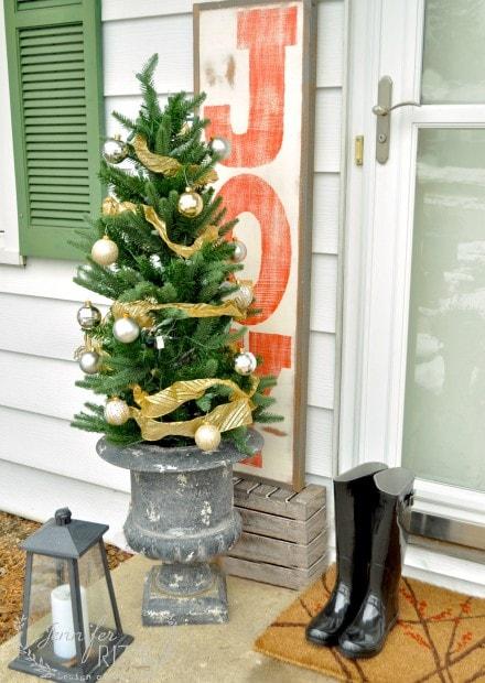 Fun and welcoming front door display