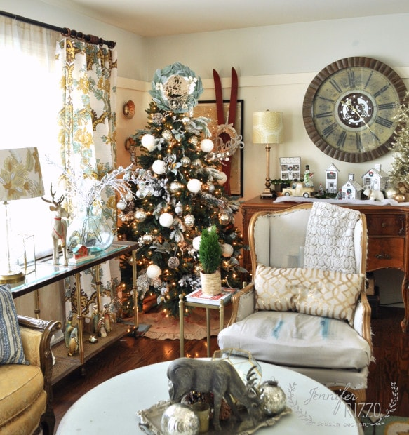 Jennifer Rizzo Christmas living room