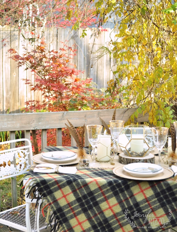 Rustic geometric Thanksgiving tablescape