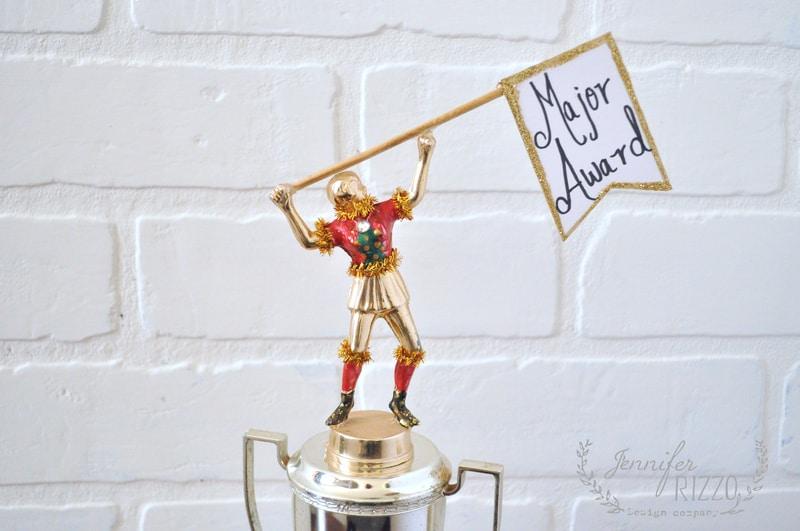 DIY ugly Christmas sweater trophy - Jennifer Rizzo