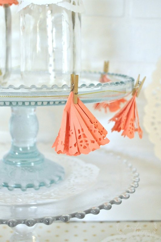 How to make doily tassels