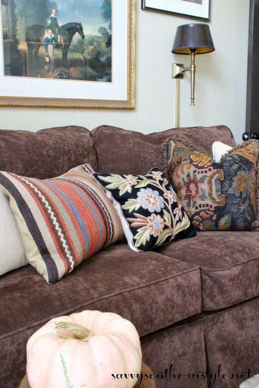 Savvy Souhern Style Kilim Pillow In Sitting Room