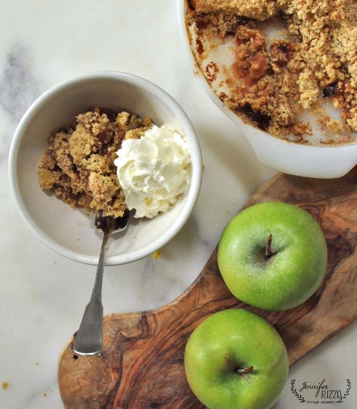 Nana's yummy apple crumble recipe