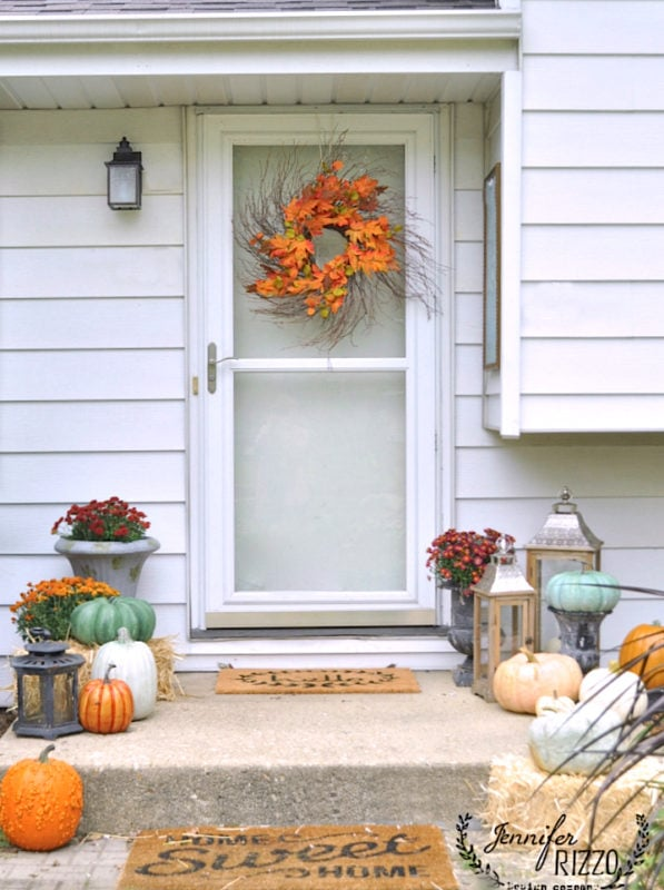 Front porch decorating idea for fall