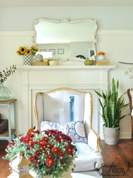 Simple fall mantel decor