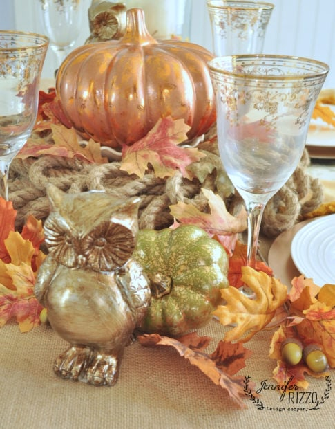 copper and gold inspired fall tablescape wtih fall decor
