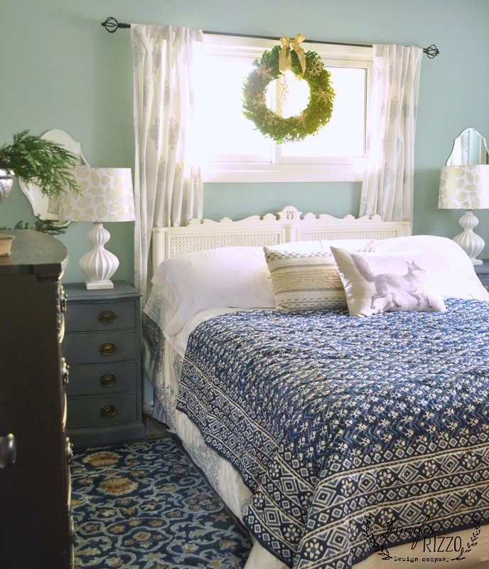Simple Holiday Bedroom Decor