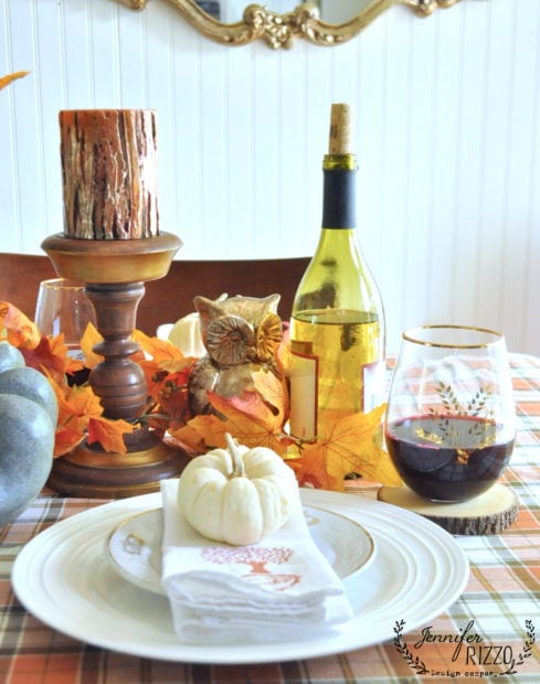 small dining room fall tablescape for Thanksgiving