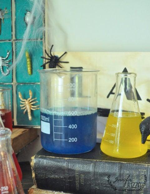Lab flaskes with gelatin for a creepy halloween lab