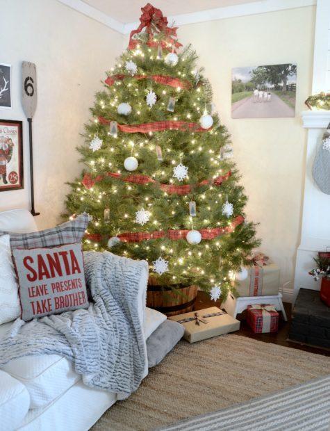 Beneath my heart Christmas tree