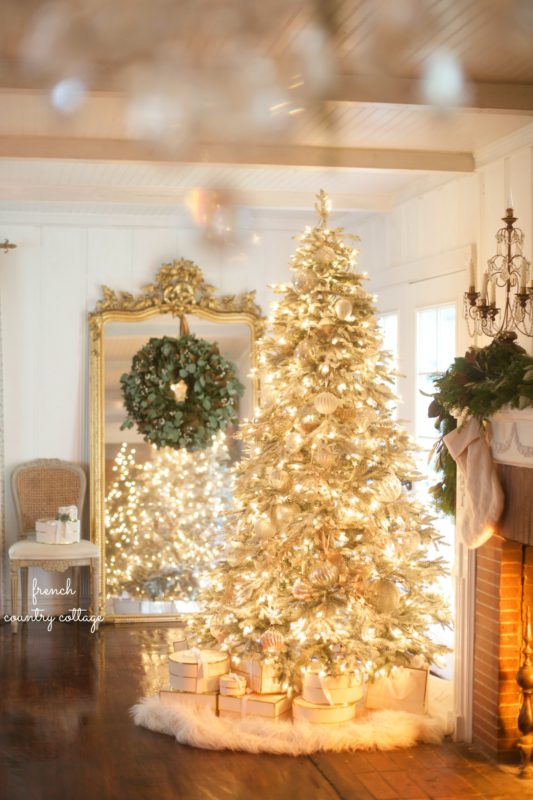 Frenc Country Cottage tree