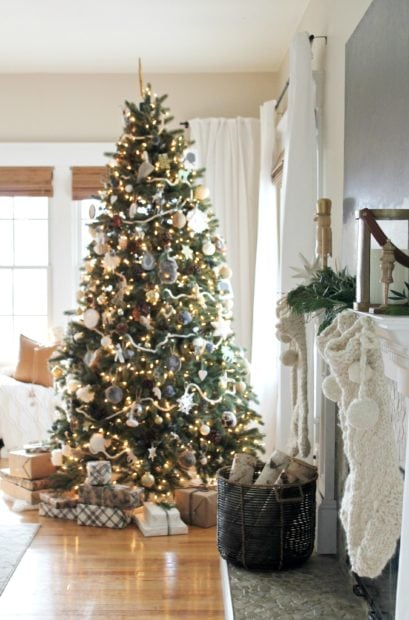 Neutral cozy Christmas City Farmhouse