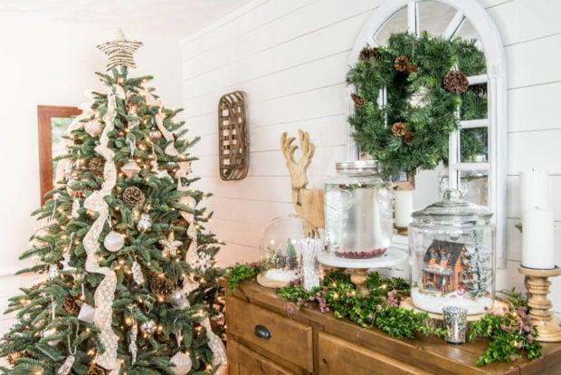 Nina Hendrick holiday house