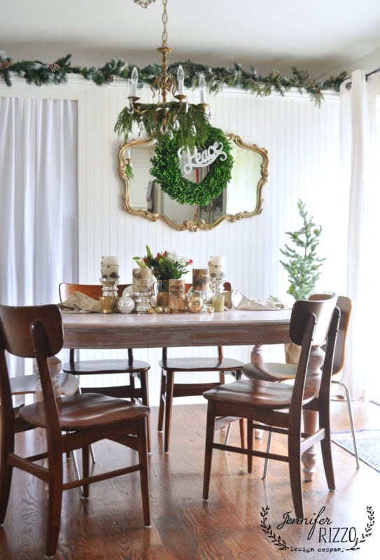SImple and pretty holiday dining room