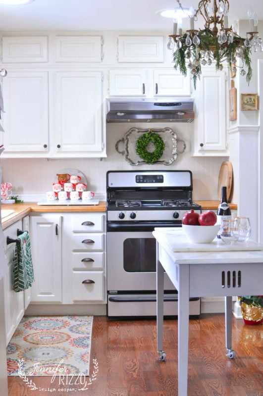White farmhosue style kitchen decorated for the holidays