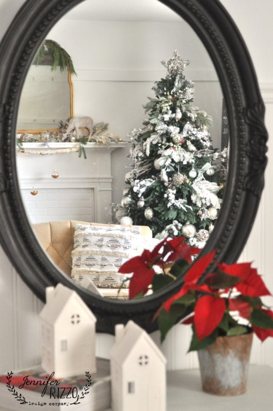 WIntery Christmas tree with modern rustic touch