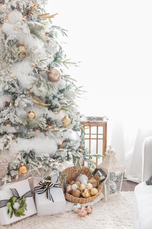 Christmas living room woth blush and copper accents on the 2016 holiday housewalk