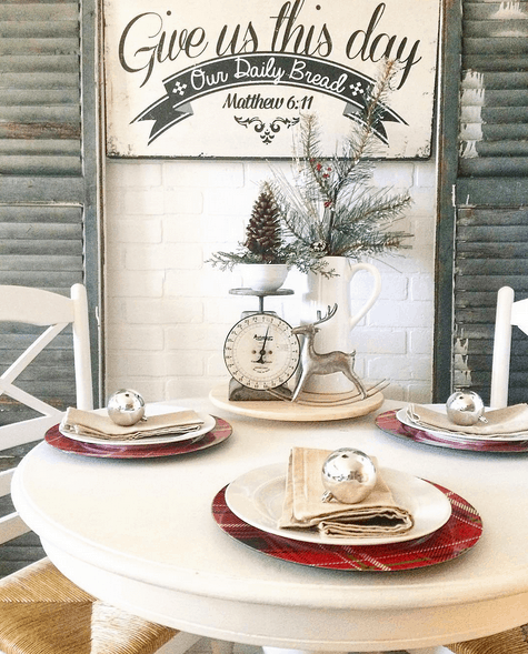 Cute cottage table setting