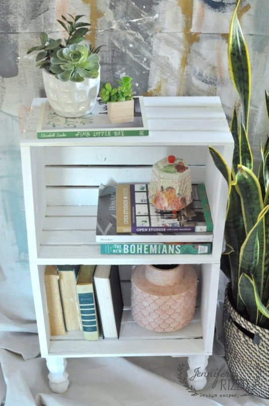 Diy crate side table for easy storage jennifer rizzo for Milk crate crafts