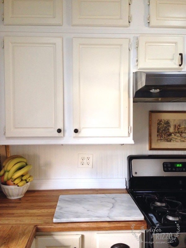 Repainting my kitchen cabinets progress jennifer rizzo for Repainting white kitchen cabinets