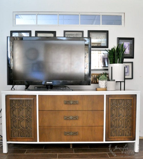 Mid Century Modern furniture makeover