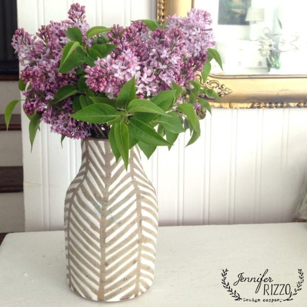 Why didn't my lilacs bloom troubleshooting for big, beautiful blooms! I love this terra cotta vase (resource) with the lilacs