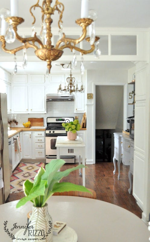 Kitchen transom with a boho vintage feel