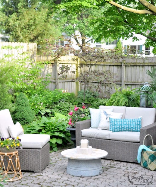 mini-outdoor brick patio makeover with new accessories
