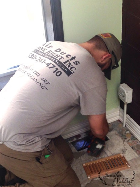 Cleaning air vents and registers