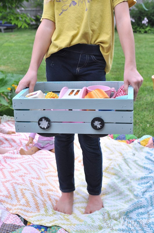 DIY play stove in crate for easy carrying and storage