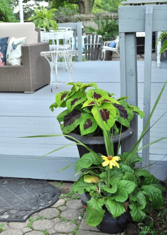 Deck flower display
