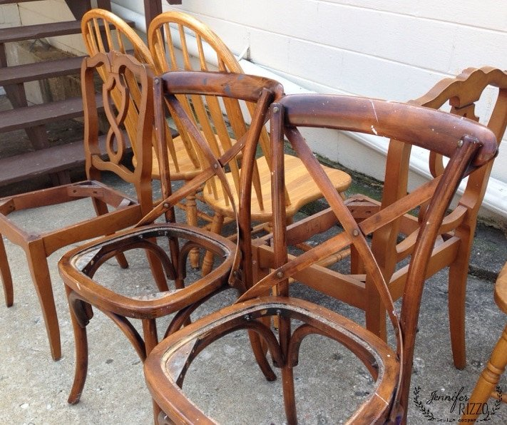 Painting chairs with a sprayer for cohesiveness