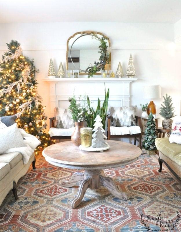 Boho midecentury modern holiday family room