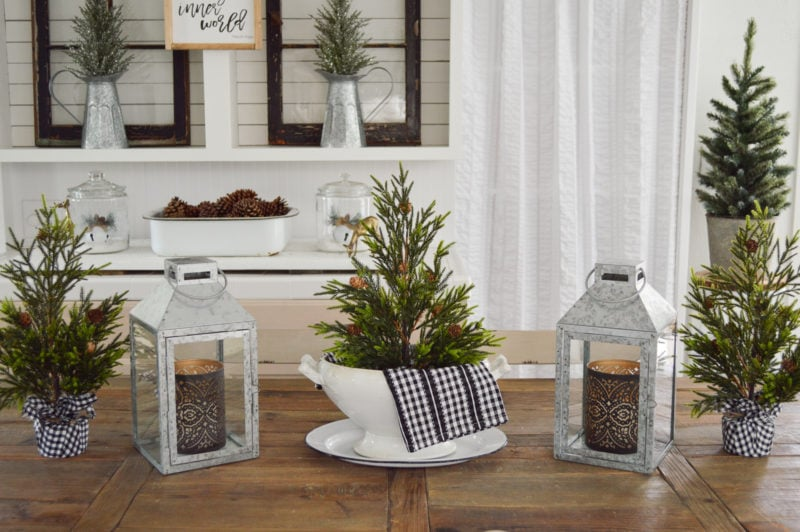 Fox Hollow Cottage Christmas tablescape