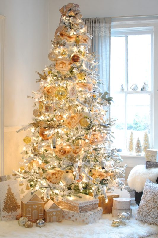 Town and Country Living Tree