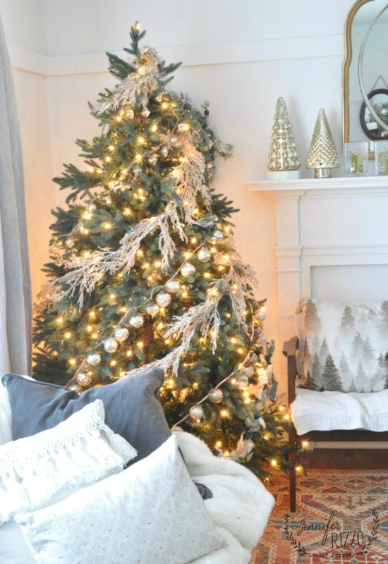 Frosty garland tree,and neutral pillows